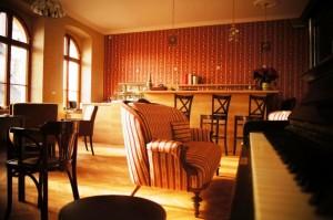 We cordially invite you to our Café Nebespán.