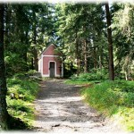 This very nice small chapel is one of our popular place for short trip. There is nice look-out above the chapel. Only 10 minutes by car and 15 minutes walk from our place. And there is a nice restaurant on the way!